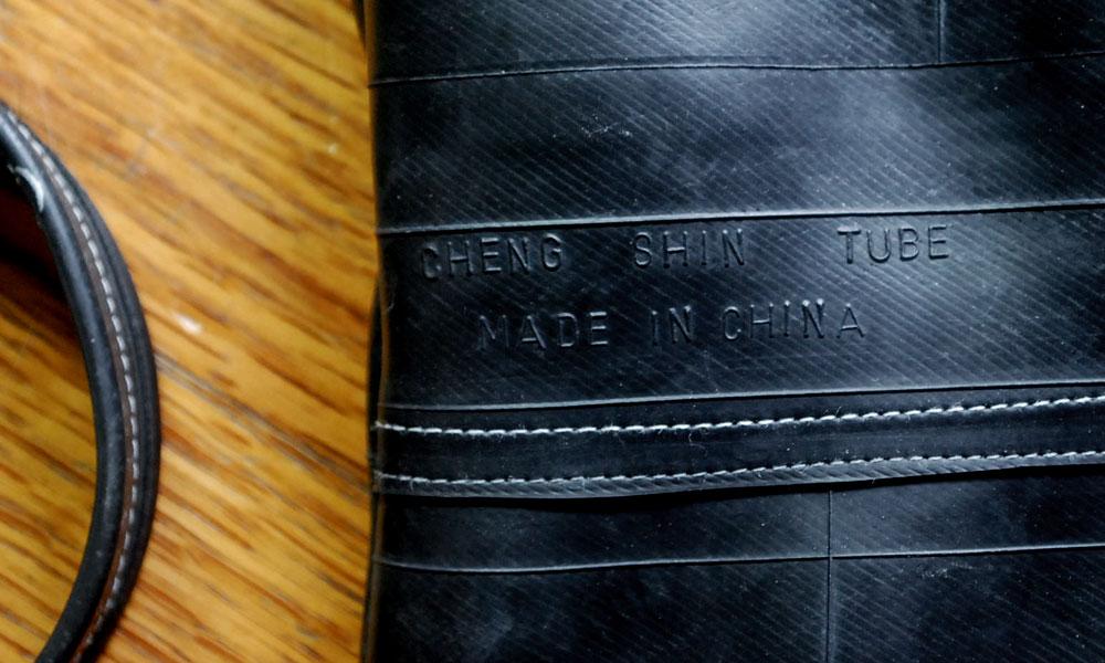 Inner tube purse detail